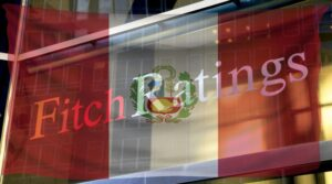 Fitch Ratings cambió la perspectiva de Perú de estable a negativa